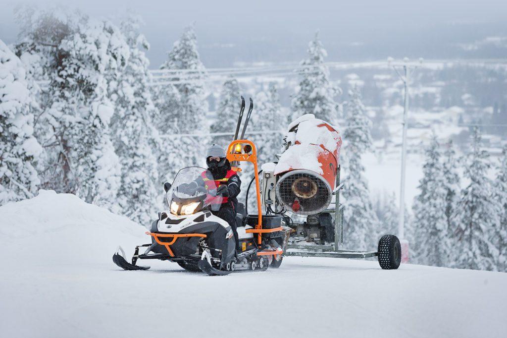 Двухместный снегоход BRP Lynx Ranger 69
