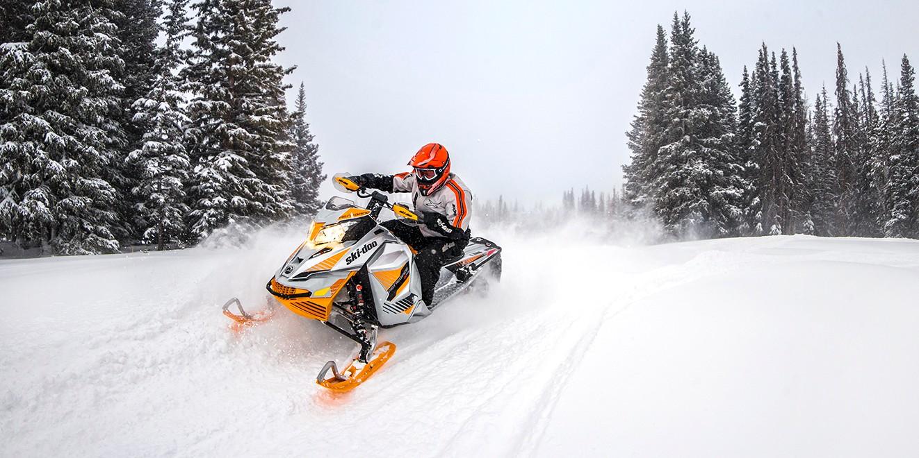 Быстрые снегоходы BRP