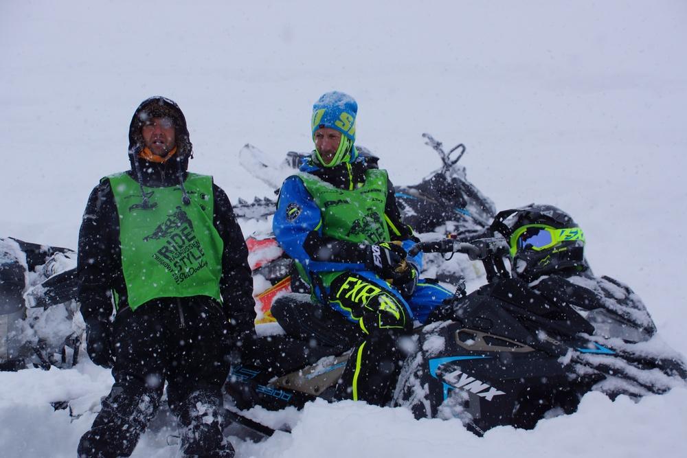Первые выпускники школы SkiDooKing в Приисковом