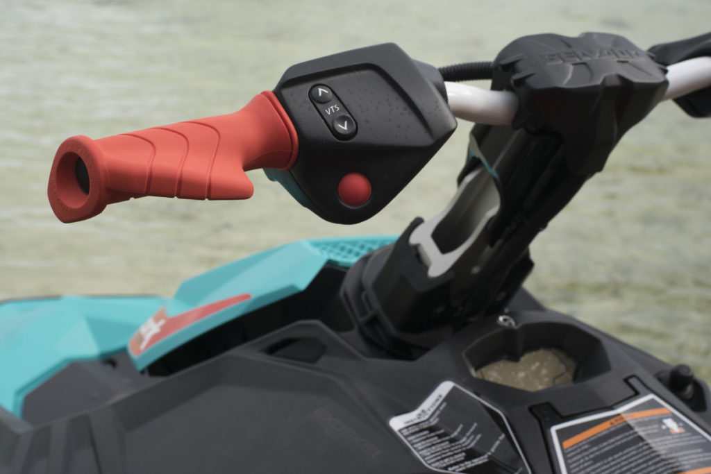 Обзор трехместного гидроцикла Sea-Doo Spark 3UP Trixx
