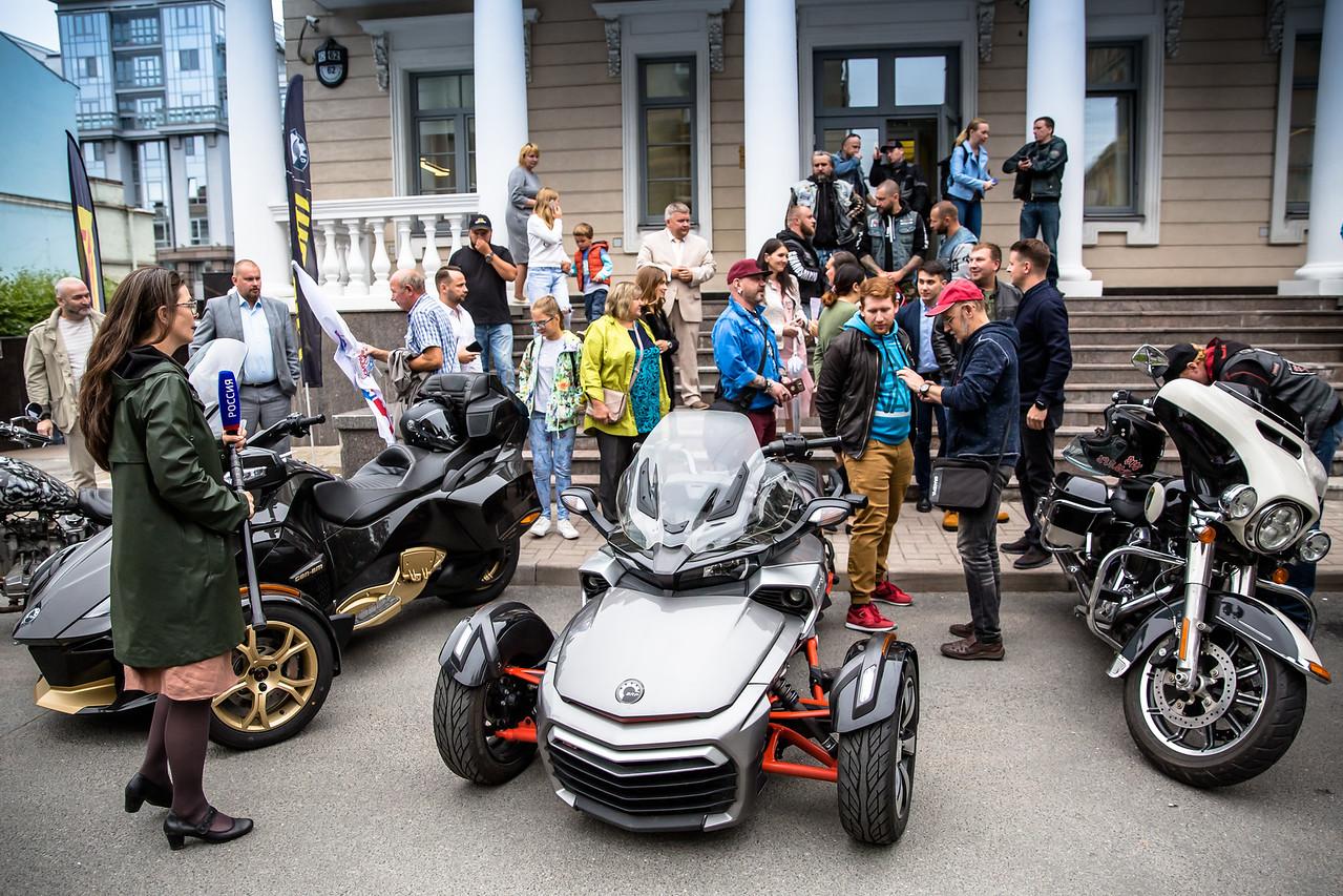 Путешественники на Can-Am Spyder покоряют Ямал