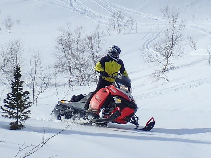 Bombardier club приглашает всех снегоходчиков покататься вместе в Хибинах!