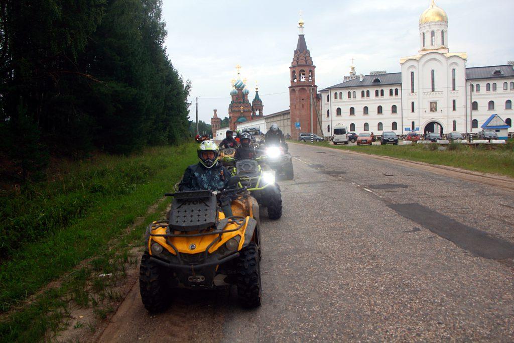 Отчет 07 августа 2021. Музей паровозов, музей экипажей и монастырь