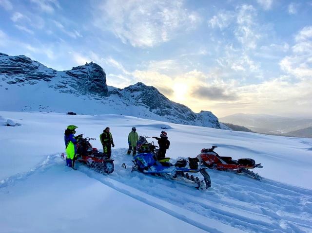 Bombardier club приглашает всех снегоходчиков на горной технике покататься в Ергаках!